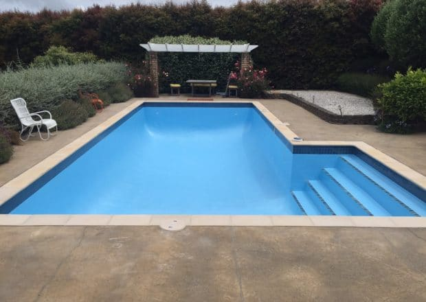 Pool painting services Auckland